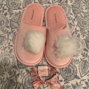 Victoria's Secret light pink slippers size large
